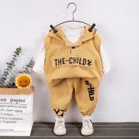 Camiseta, chaleco y pantalones casuales con estampado de letras para niños pequeños - Hibobi